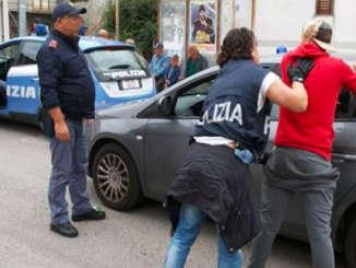 polizia_perquisizione_e_fermo