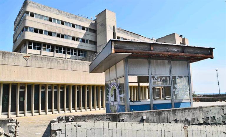 Ex Palazzo poste Catania, inizia demolizione