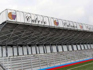 torre_del_grifo_tribuna_campo