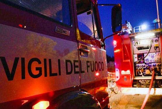 Villa in fiamme a Mazara del Vallo, due morti
