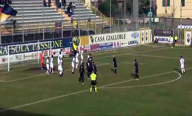 Viterbese-Catania 2-0, etnei beffati sullo scadere