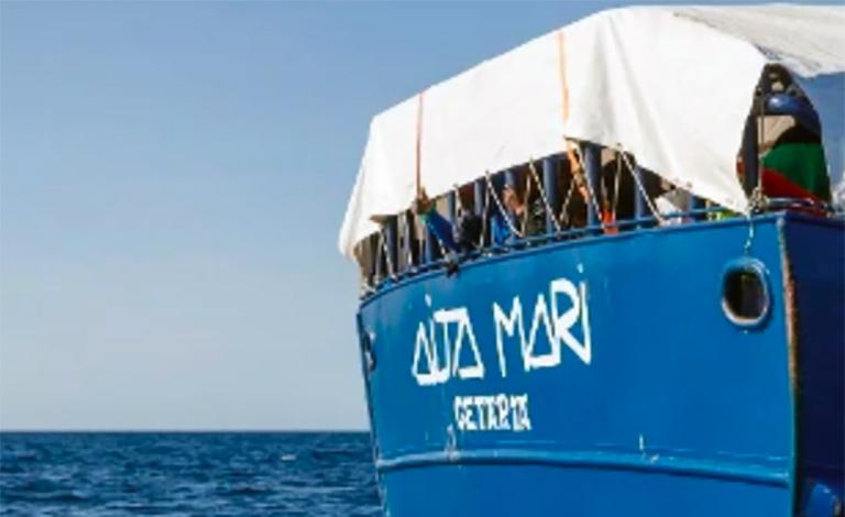 Sbarcano nel porto di Messina 150 migranti