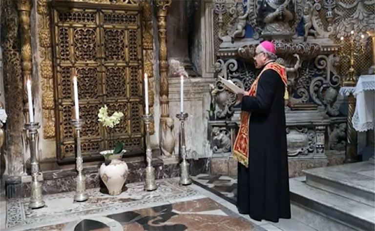 Arcivescovo prega Sant'Agata per fine pandemia