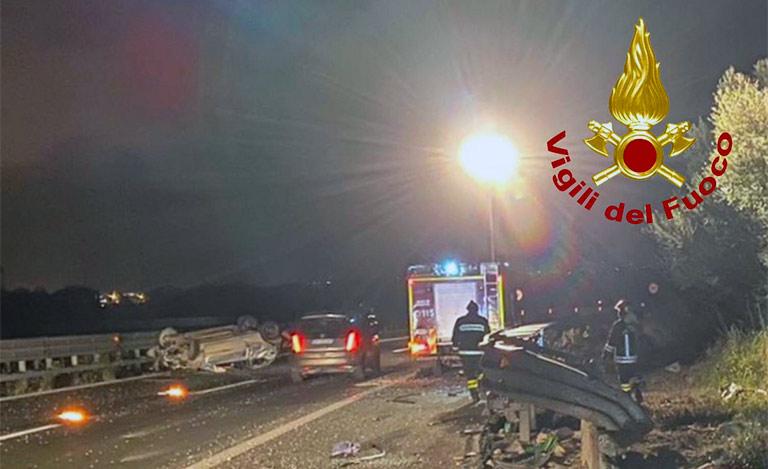 Grave incidente in autostrada, due ferite