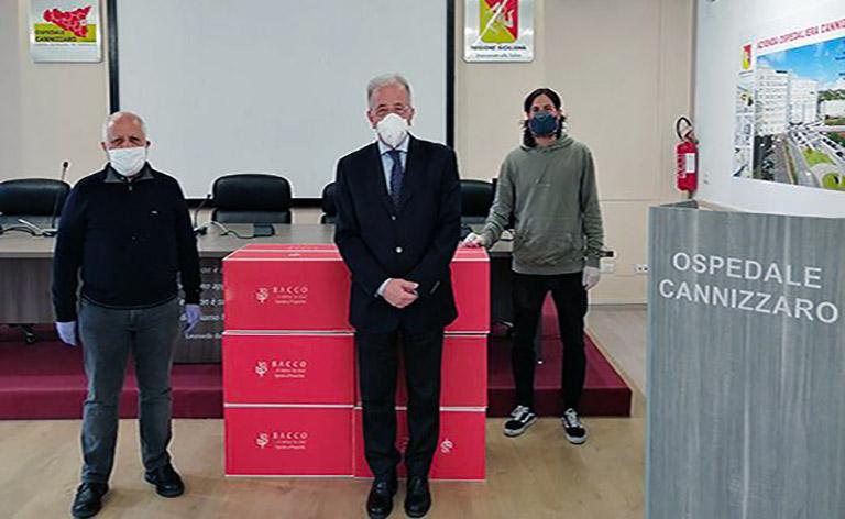 Calcio Catania, doni per il personale sanitario