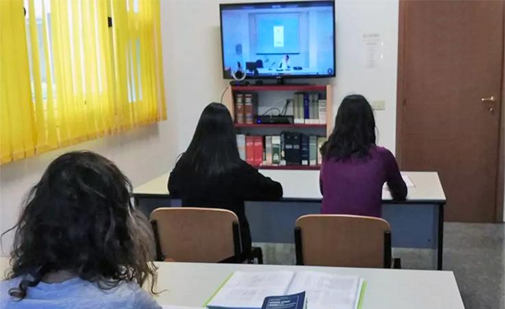 Formazione professionale, ok a lezioni a distanza