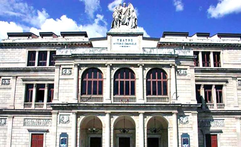 Teatro di Messina riorganizza uffici e servizi