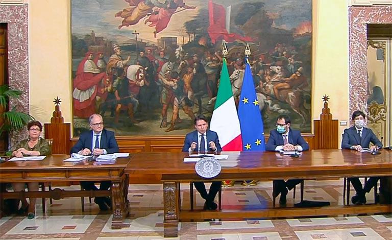 Conte presenta Decreto Rilancio – video