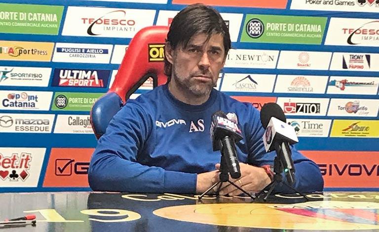 Calcio Catania, risolto contratto con Sottil