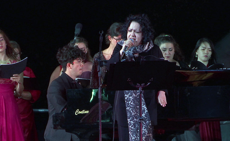 Antonella Ruggiero e il Coro Lirico Siciliano, magia della musica - interviste