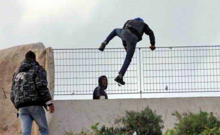 Migranti in fuga a Siculiana