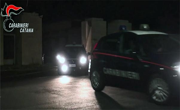 Droga nei paesi etnei, 4 arresti