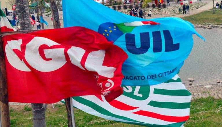 sindacati_cgil_cisl_uil_bandiere