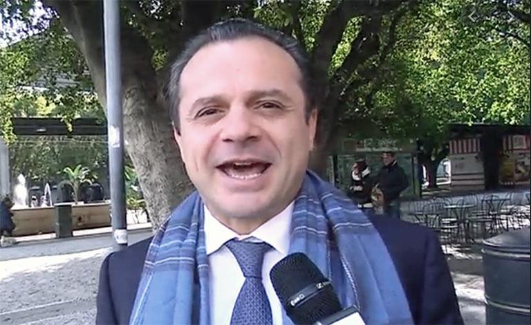 Messina, De Luca revoca ordinanza chiusura