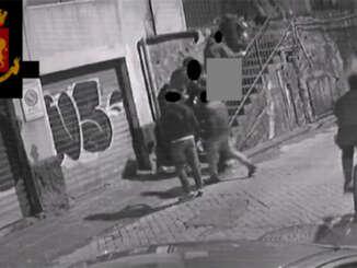 polizia_catania_lite_e_accoltellamento_villa_bellini_1