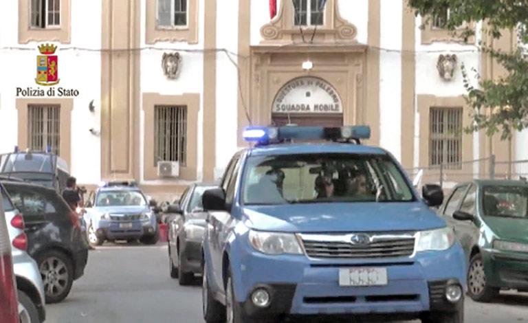 Manager di Modelle arrestati a Palermo