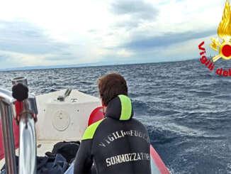 Cadavere in mare recuperato a Catania
