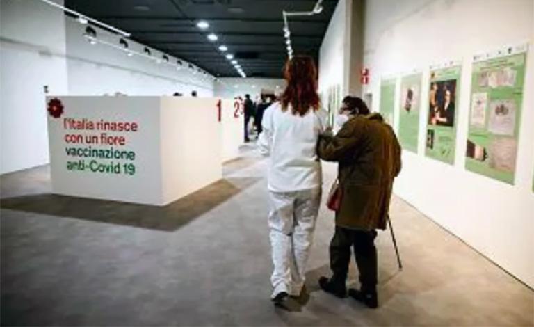 Vaccinazioni in Sicilia, inizia campagna over 80