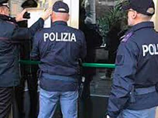 Bar di Catania chiusi, no a norme anti covid