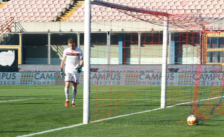 Catania-Casertana 3-0, kalifa Menneh