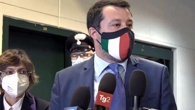 Open Arms, rinvio a giudizio per Salvini