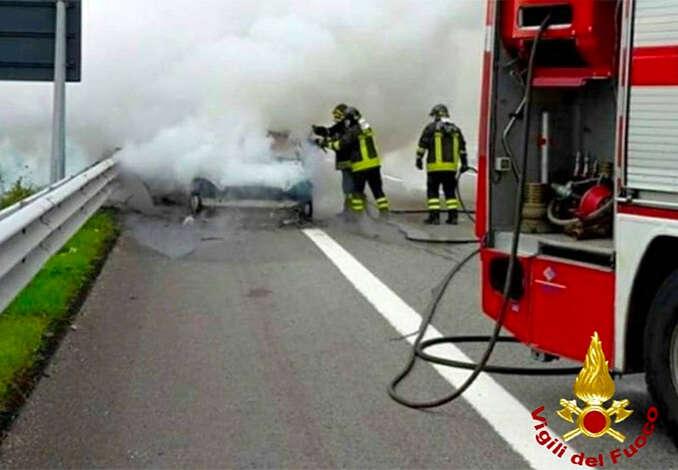 Incidente sulla Palermo-Mazara, due morti carbonizzati