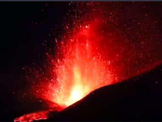 Etna si sveglia anche oggi da Sud-Est