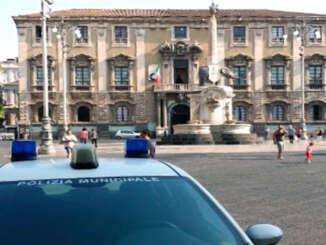 Covid a Catania, scatta il divieto di stazionamento