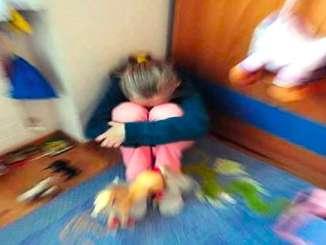 Giochi erotici con bimba di 11 anni, fermato