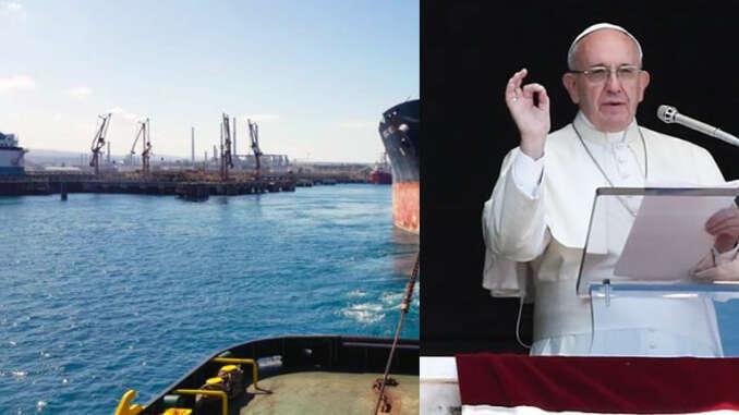 Augusta accoglie relitto barca migranti naufragata