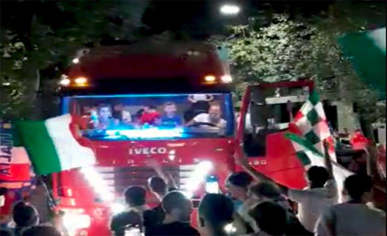 #Euro2020, notte di festa a Catania senza mascherina