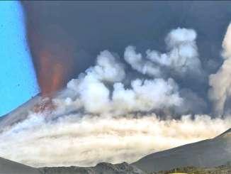 Etna, il risveglio violento del vulcano