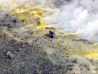 Vulcano, sindaco vieta escursioni sulla cima