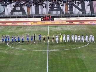 Catania-Avellino 2-2, rossazzurri testa a testa