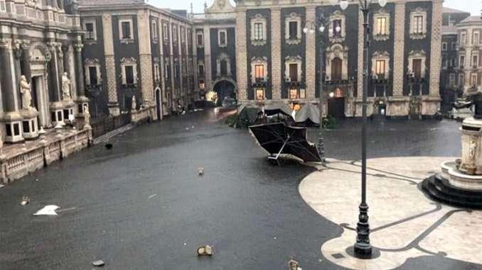 Maltempo e tromba d'aria, Catania nella bufera