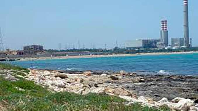 Acque inquinate a Gela, sequestro aree raffineria Eni